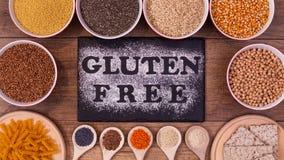 面筋自由饮食选择-各种各样的种子和产品,顶视图 库存图片