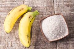 面粉和香蕉果子 免版税图库摄影