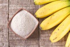面粉和香蕉果子 库存图片