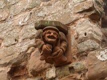 面貌古怪的人在舍伍德森林英国附近的Rufford修道院诺丁汉 库存图片