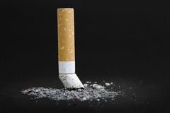 靶垛cigarett 免版税库存图片