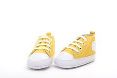 鞋子黄色 免版税图库摄影
