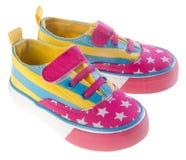 鞋子,在背景的孩子鞋子。 库存照片