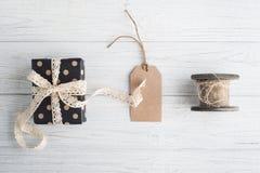 鞋带、礼物和标记 库存照片