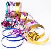 鞠躬五颜六色的卷轴丝带丝带 库存照片