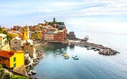 韦尔纳扎村庄,意大利的五乡地海岸 库存照片
