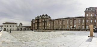 韦纳里亚雷亚莱宫殿,都灵,意大利 图库摄影