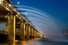 韩国人著名桥梁喷泉 库存照片