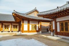 韩国传统瓦房子 免版税库存照片