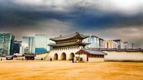 韩国宫殿照片的Gwanghwamun前门 库存图片