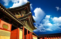 韩国宫殿门  库存照片