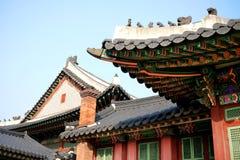 韩国木屋顶 免版税库存照片