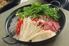 韩国热的罐 免版税库存图片