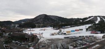 韩国2017年12月21日- Yongpyong滑雪胜地Panorma视图  库存图片
