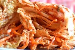 韩国kimchi sidedish在中立背景 库存图片