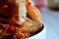 韩国kimchi sidedish在中立背景 免版税库存图片