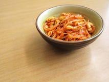 韩文蔬菜烂醉如泥的大豆豆芽 库存图片