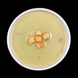 韭葱和土豆汤在黑色 免版税库存照片