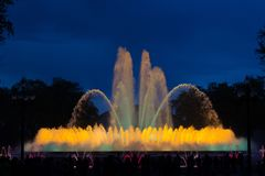 音乐喷泉在巴塞罗那 免版税库存图片