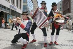 音乐家西班牙语街道 免版税库存照片