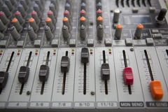 音乐演播室搅拌器控制 免版税库存图片