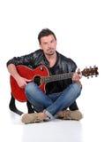 音响详细资料吉他吉他弹奏者递instrumant音乐执行者使用 免版税图库摄影