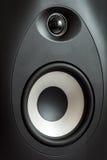 音响高音扬声器和低音扩音器,立体声音响关闭 免版税库存图片