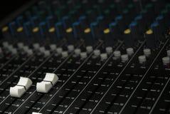 音量控制器搅拌机pa声音 免版税图库摄影