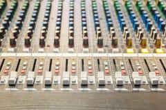 音频混合的控制 免版税图库摄影