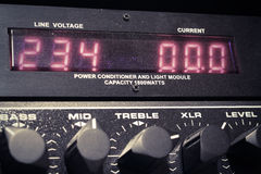 音频黑暗的设备闪电晚上 免版税库存图片