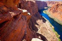 页的亚利桑那科罗拉多河在马掌弯前 免版税库存图片