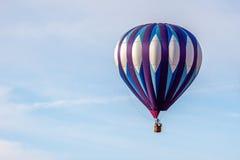 页, ARIZONA/USA - 11月8日:迅速增加在页附近的热空气  免版税图库摄影