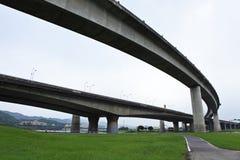 顶上横穿的高速公路 免版税库存图片