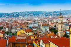 顶房顶尼斯,法国全景  免版税图库摄影