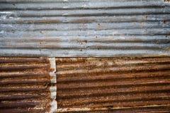 顶房顶金属铁锈背景,背景纹理 库存照片