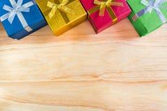 顶视图或各种各样的颜色christmas&happy新年g平的位置  库存照片