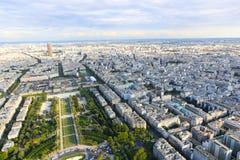 巴黎顶视图从埃佛尔铁塔的 免版税库存照片