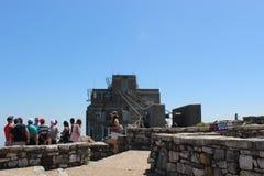顶面架空索道驻地在桌山国家公园在开普敦,南非外面 免版税库存照片
