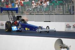 顶面燃料汽车短程加速赛 库存图片
