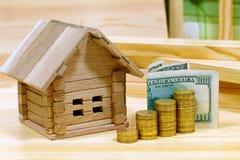 项目舒适房子 新的家ou的建筑的信用 免版税图库摄影