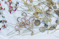 项链,在显示的工艺品在公平的工艺品期间 库存图片