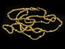 项链-链子-金子或银 免版税库存图片