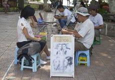 顾客亚洲人象画家图画剪影由铅笔的 免版税库存图片