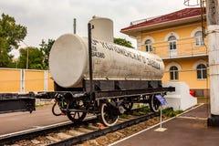 顿河畔罗斯托夫,俄罗斯- 2011年9月1日:坦克车在交通博物馆 免版税库存图片