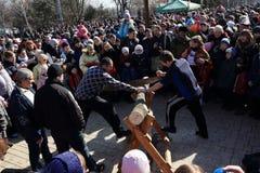 顿涅茨克- 2月22 :庆祝俄国人Maslenitsa节日我 免版税库存照片