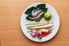 预习功课厨师虾汤 免版税图库摄影