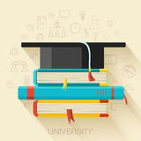 预定与方形的学术盖帽象构思设计 库存图片