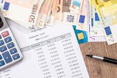 预算、销售、月度报告、计算器和欧元 免版税库存照片