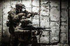 领域制服的军队别动队员 库存照片