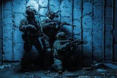领域制服的军队别动队员 免版税库存图片